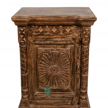 Carved 1 Door Antique Bedside